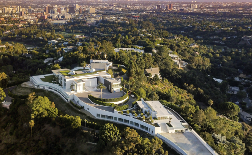 The Details on Los Angeles's 100,000+-Square-Foot Property
