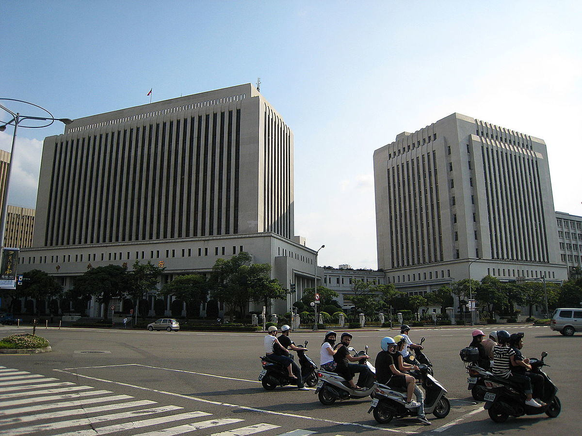 DC/EP's goal is to replace some of the cash in circulation Jiang,Central Bank of China (0176), marked as public domain